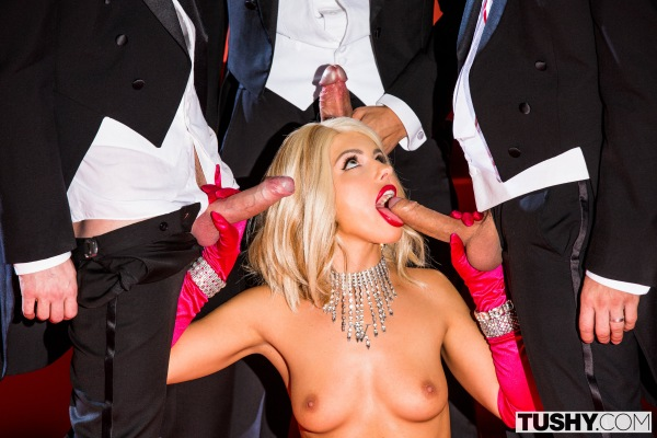 Adriana Chechik - Center Of Attention