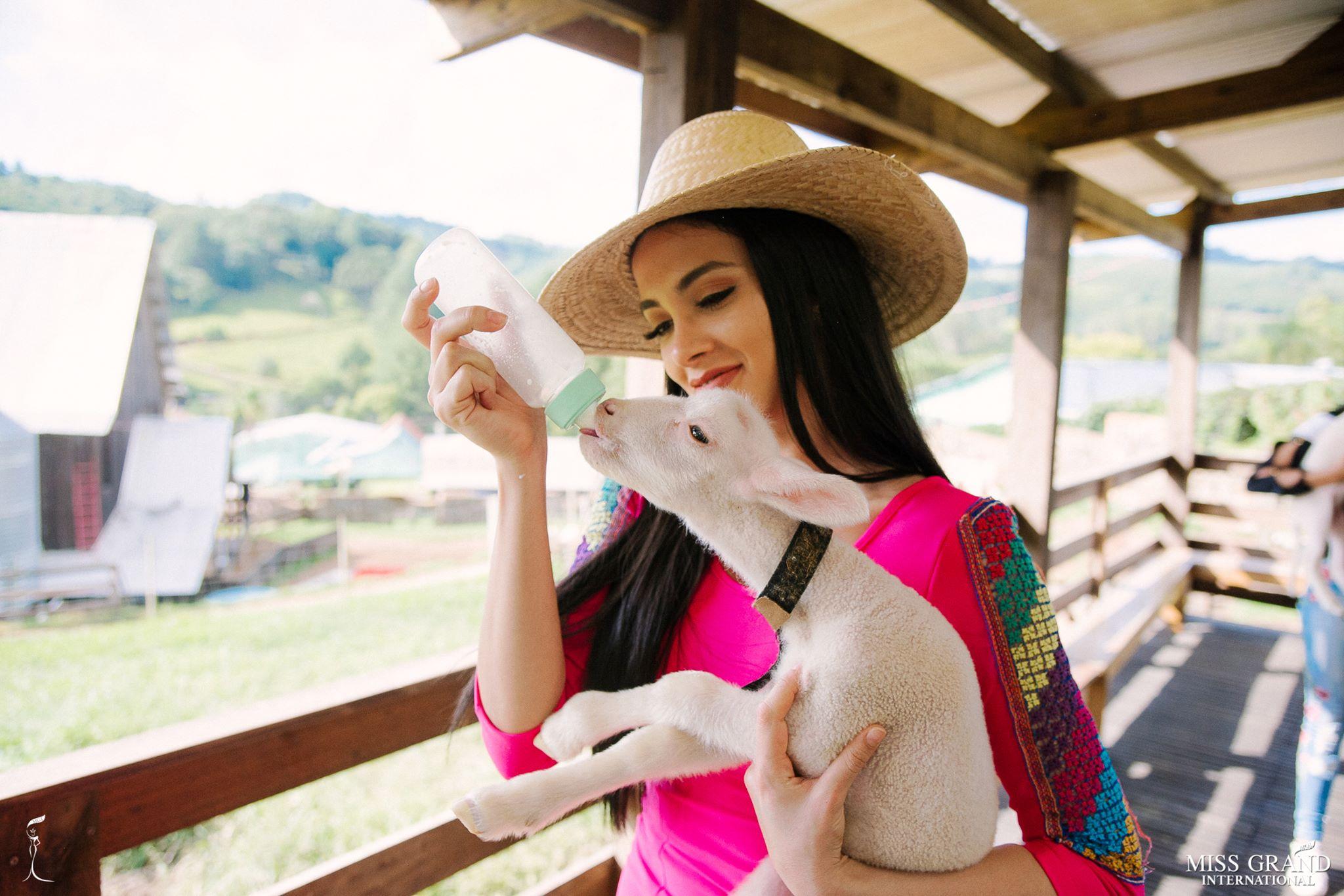 miss grand international 2018 visitando brasil para assistir a final de miss grand brasil 2019. - Página 3 5s89ynoo