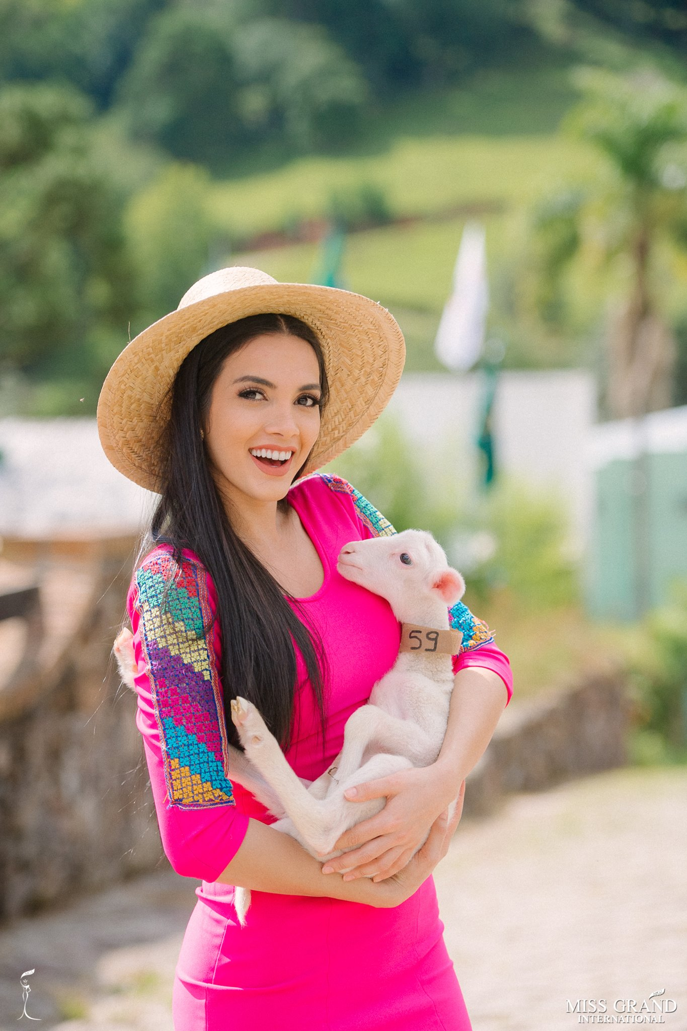 miss grand international 2018 visitando brasil para assistir a final de miss grand brasil 2019. - Página 3 Alnulhdv
