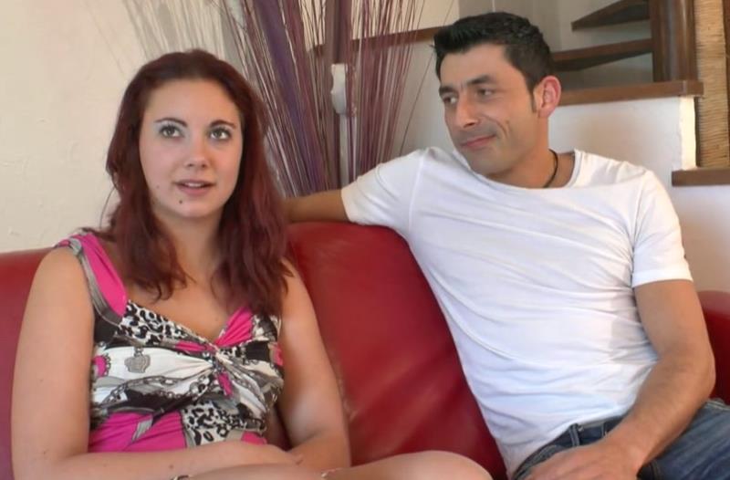 LaFRANCEaPOIL.com - Stephanie - Stephanie, 19 ans de La Rochelle assouvit ses fantasmes. [HD 720p]
