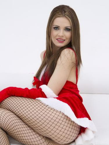 Timea Bella - LP Queen Timea Bella XXXMAS present 4on1 DAP 8ia Piss Drinking Slut SZ701 (1.91 GB)