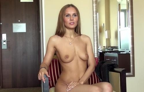 Sabrina Moor - Casting X 128 (SD)