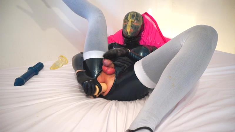 Manyvids: LatexModelBoy Breath Play Caged Cum [FullHD 1080p]