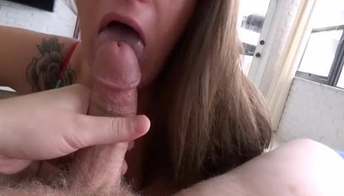 Clover Baltimore - Big Breasted Mom Needs Cum (796 MB)