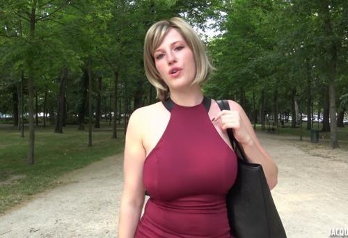 Milena - Que de surprises pour Milena, 28ans ! (JacquieetMichelTV.net/1.27 GB)