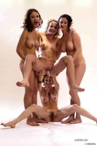 Peeing girls - BEST OF (HD)